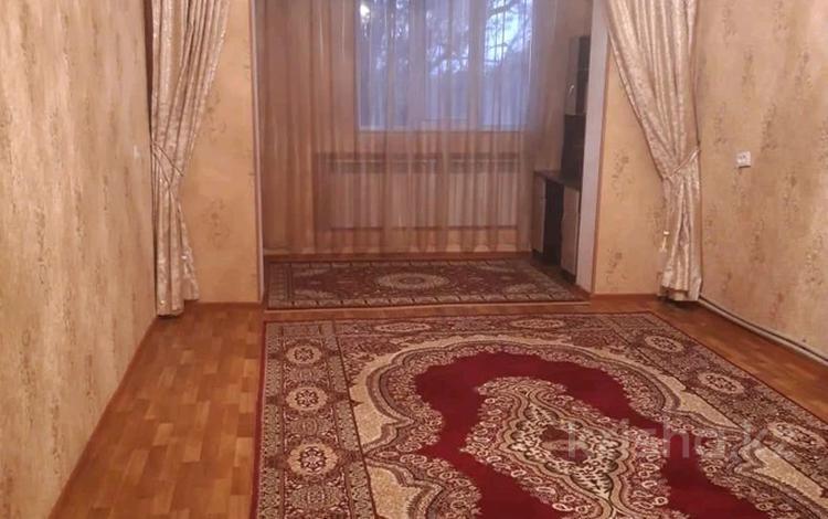 2-комнатная квартира, 55 м², 5/5 этаж, Мкр. Север 11 за 15 млн 〒 в Шымкенте
