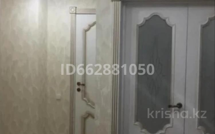 3-комнатная квартира, 80 м², 3/5 этаж, Карасу 4б — 8 Марта за 26 млн 〒 в Шымкенте, Аль-Фарабийский р-н