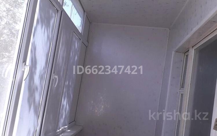 3-комнатная квартира, 70 м², 5/5 этаж, Аса(10 мкр) 14 за 10.5 млн 〒 в Таразе