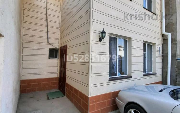 5-комнатный дом, 110 м², 5 сот., 4 мкр 63 — Байдибек би за 25 млн 〒 в Шымкенте, Абайский р-н