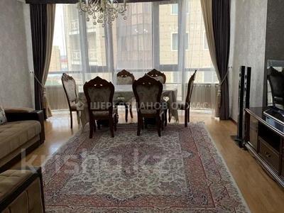 4-комнатная квартира, 100 м², 13/20 этаж, Кенесары 65 за 30 млн 〒 в Нур-Султане (Астана), р-н Байконур