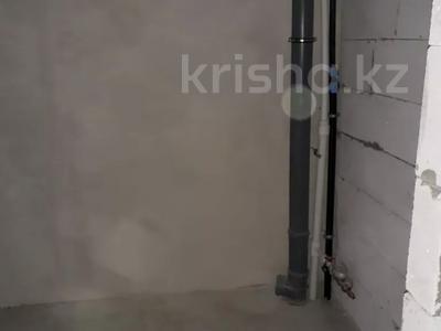 4-комнатная квартира, 112 м², 6/9 этаж, Гульдер 1 1/4 за 33 млн 〒 в Караганде, Казыбек би р-н — фото 10