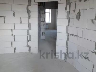 4-комнатная квартира, 112 м², 6/9 этаж, Гульдер 1 1/4 за 33 млн 〒 в Караганде, Казыбек би р-н — фото 4