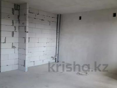 4-комнатная квартира, 112 м², 6/9 этаж, Гульдер 1 1/4 за 33 млн 〒 в Караганде, Казыбек би р-н — фото 9