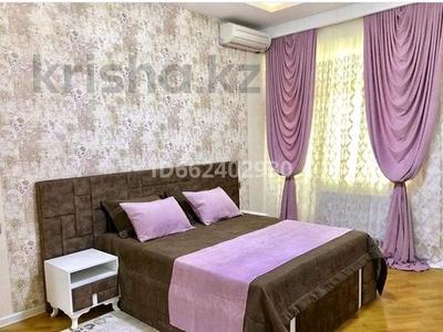 2-комнатная квартира, 79 м² посуточно, Жилой комплекс Лазурный Квартал 5 — Акмечит за 12 000 〒 в Нур-Султане (Астана)