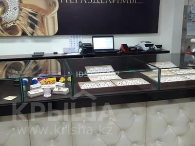 Магазин площадью 80 м², проспект Нурсултана Назарбаева 20 за 70 млн 〒 в Павлодаре — фото 3