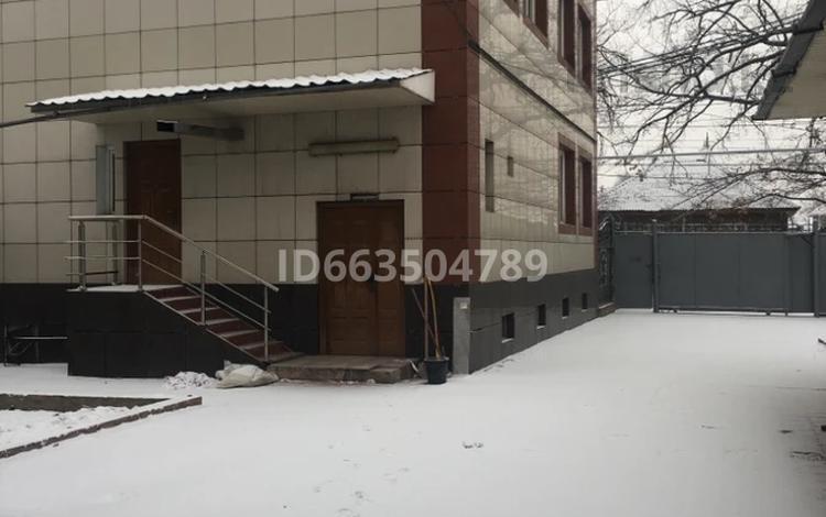 Здание, площадью 1013.4 м², Великолукская 56 — Хожамьярова за 210 млн 〒 в Алматы, Жетысуский р-н