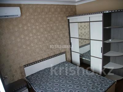 1-комнатная квартира, 45 м² по часам, Камзина 41/1 за 1 000 〒 в Павлодаре — фото 5