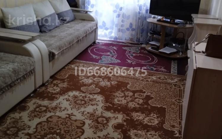 3-комнатная квартира, 57 м², 5/5 этаж, Сураганова 18 за 12.8 млн 〒 в Павлодаре
