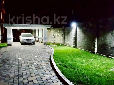 8-комнатный дом помесячно, 700 м², 11 сот., мкр Нурлытау (Энергетик), Парасат 10А — Мухаммед Хайдар Дулати за 890 000 〒 в Алматы, Бостандыкский р-н — фото 3