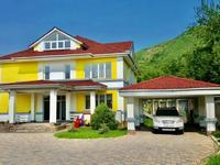 8-комнатный дом помесячно, 700 м², 11 сот.