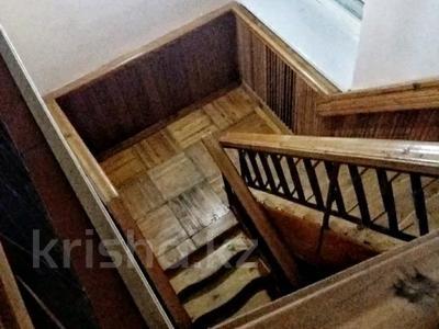 6-комнатный дом, 330 м², 18 сот., Шахтёрский 14 за 42 млн 〒 в Караганде — фото 9
