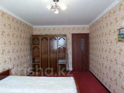 2-комнатная квартира, 50 м², 4/5 этаж, 7 микрорайон — проспект Металлургов за 5.3 млн 〒 в Темиртау — фото 13