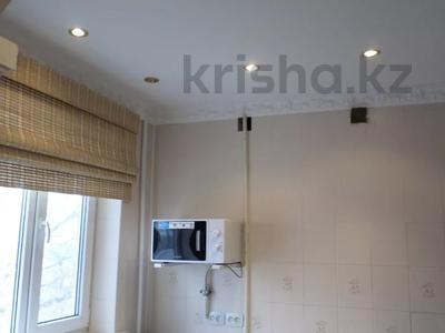 2-комнатная квартира, 50 м², 4/5 этаж, 7 микрорайон — проспект Металлургов за 5.3 млн 〒 в Темиртау — фото 9