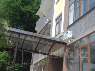 1-комнатная квартира, 40 м², 2/4 этаж, Петрозаводская за ~ 21.5 млн 〒 в Сочи — фото 2