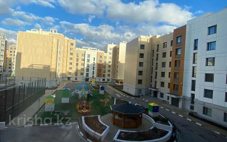 3-комнатная квартира, 87 м², 7/8 этаж, Кабанбай Батыра 58Б за 41.5 млн 〒 в Нур-Султане (Астана), Есиль р-н