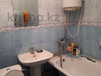 2-комнатная квартира, 48 м², 4/5 этаж, 4 мкр — Аль-Фараби-Шестоковича за 6.5 млн 〒 в Таразе — фото 3