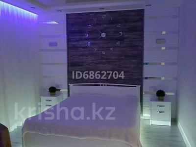 1-комнатная квартира, 50 м², 4/5 этаж посуточно, 15-й мкр за 13 000 〒 в Актау, 15-й мкр — фото 2
