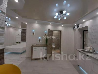 1-комнатная квартира, 50 м², 4/5 этаж посуточно, 15-й мкр за 13 000 〒 в Актау, 15-й мкр — фото 15