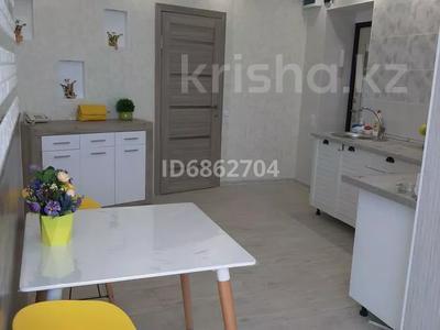 1-комнатная квартира, 50 м², 4/5 этаж посуточно, 15-й мкр за 13 000 〒 в Актау, 15-й мкр — фото 21