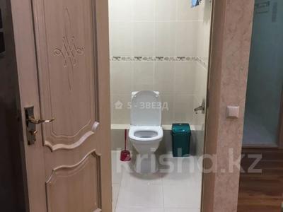 2-комнатная квартира, 72 м², 16/25 этаж помесячно, Каблукова 264 за 220 000 〒 в Алматы, Бостандыкский р-н — фото 5