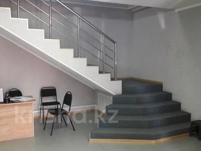 Здание, площадью 820 м², Есенберлина 38 за 105 млн 〒 в Кокшетау — фото 4
