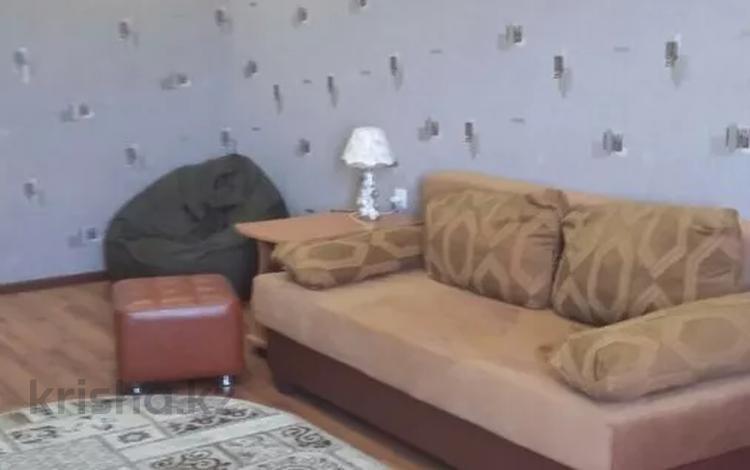 1-комнатная квартира, 36 м², 5/7 этаж помесячно, 5-й мкр 4 за 75 000 〒 в Актау, 5-й мкр