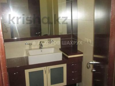 3-комнатная квартира, 135 м², 16/18 этаж, Курмангазы — Муканова за 51.5 млн 〒 в Алматы, Алмалинский р-н — фото 9