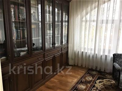 7-комнатный дом помесячно, 420 м², 8 сот., проспект Мангилик Ел за 1 млн 〒 в Нур-Султане (Астана), Есиль р-н — фото 19