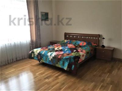 7-комнатный дом помесячно, 420 м², 8 сот., проспект Мангилик Ел за 1 млн 〒 в Нур-Султане (Астана), Есиль р-н — фото 20