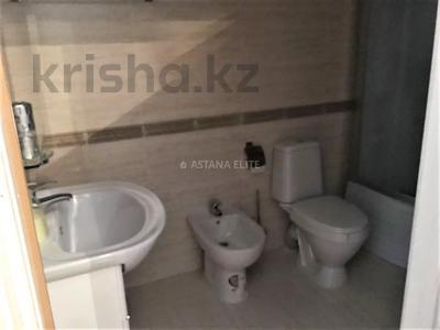 7-комнатный дом помесячно, 420 м², 8 сот., проспект Мангилик Ел за 1 млн 〒 в Нур-Султане (Астана), Есиль р-н — фото 21