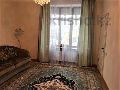 7-комнатный дом помесячно, 420 м², 8 сот., проспект Мангилик Ел за 1 млн 〒 в Нур-Султане (Астана), Есиль р-н — фото 23