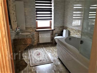 7-комнатный дом помесячно, 420 м², 8 сот., проспект Мангилик Ел за 1 млн 〒 в Нур-Султане (Астана), Есиль р-н — фото 26