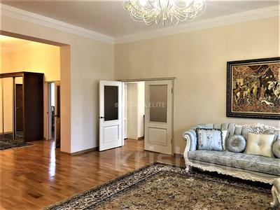 7-комнатный дом помесячно, 420 м², 8 сот., проспект Мангилик Ел за 1 млн 〒 в Нур-Султане (Астана), Есиль р-н — фото 8