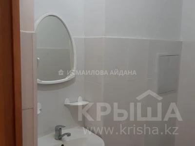 2-комнатная квартира, 68 м², 10/10 этаж, мкр Акбулак, Чуланова за 17.3 млн 〒 в Алматы, Алатауский р-н — фото 6