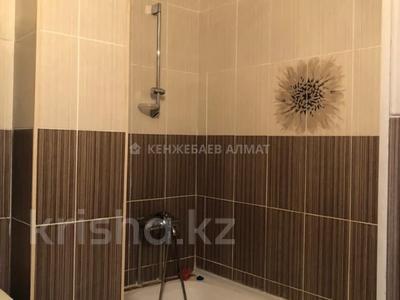 3-комнатная квартира, 100 м² помесячно, Сауран 3/1 за 190 000 〒 в Нур-Султане (Астана) — фото 11