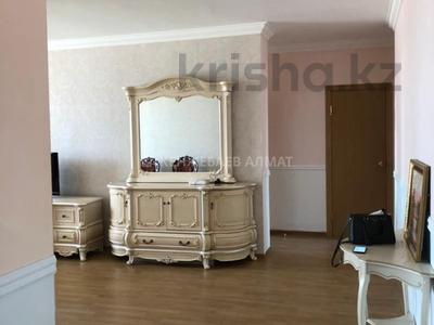 3-комнатная квартира, 100 м² помесячно, Сауран 3/1 за 190 000 〒 в Нур-Султане (Астана) — фото 4