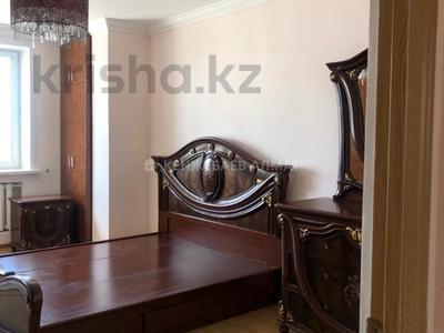 3-комнатная квартира, 100 м² помесячно, Сауран 3/1 за 190 000 〒 в Нур-Султане (Астана)
