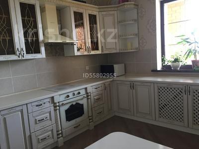 6-комнатный дом, 288 м², 10 сот., Таугуль за 60 млн 〒 в Караганде, Казыбек би р-н