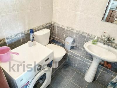 2-комнатная квартира, 60 м², 3/4 этаж посуточно, 2-й мкр 40 за 7 000 〒 в Актау, 2-й мкр — фото 8