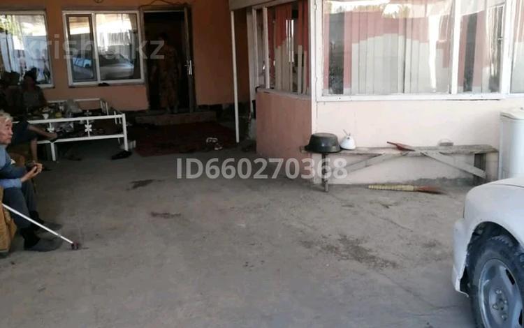 5-комнатный дом, 100 м², 6 сот., 2-й переулок Мусоргского 46 за 13 млн 〒 в Таразе