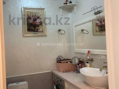 3-комнатная квартира, 120 м², 2/22 этаж, Кожамкулова за 60 млн 〒 в Алматы, Алмалинский р-н — фото 4