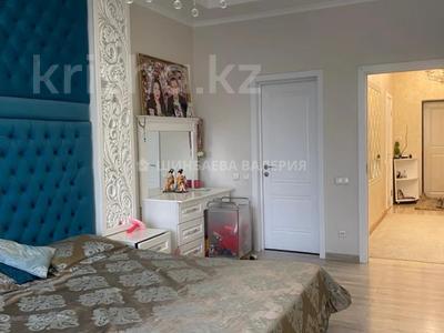 3-комнатная квартира, 120 м², 2/22 этаж, Кожамкулова за 60 млн 〒 в Алматы, Алмалинский р-н — фото 2