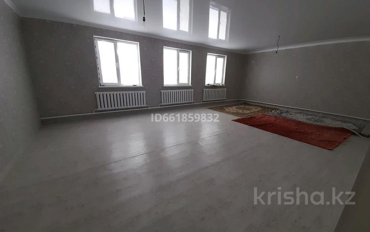 8-комнатный дом, 140 м², 10 сот., Мкр коктем 40 — 19 улица за 20 млн 〒 в