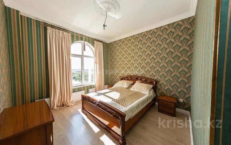 2-комнатная квартира, 74 м², 7/7 этаж, Храпатого за 38.5 млн 〒 в Нур-Султане (Астана), Есиль р-н