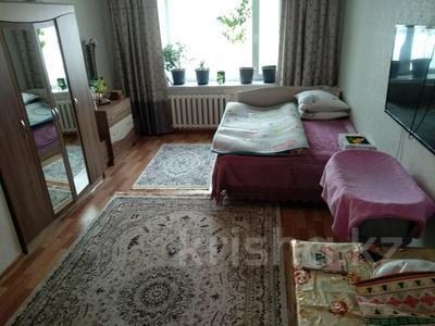 1-комнатная квартира, 41 м², 6/6 этаж, Кенена Азербаева 6 за 11 млн 〒 в Нур-Султане (Астана), Алматы р-н — фото 2