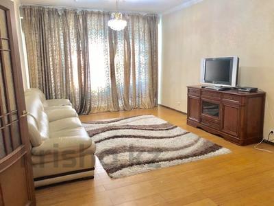 2-комнатная квартира, 71 м², 6/18 этаж посуточно, Курмангазы 145 — Муканова за 15 000 〒 в Алматы