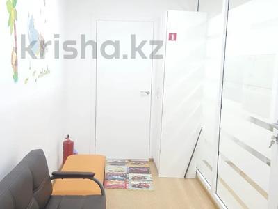 Здание, Шахтеров площадью 100 м² за 350 000 〒 в Караганде, Казыбек би р-н — фото 5