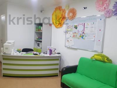 Здание, Шахтеров площадью 100 м² за 350 000 〒 в Караганде, Казыбек би р-н — фото 8