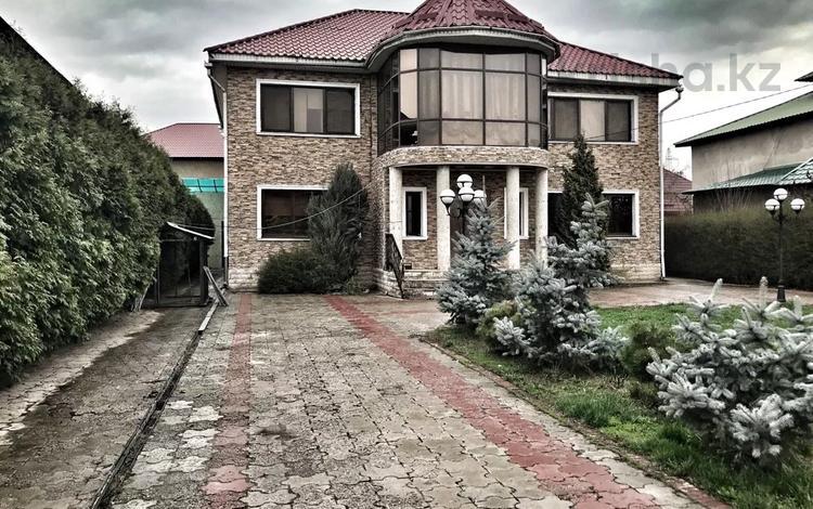 5-комнатный дом, 250 м², 8 сот., Тауелсиздик — Макактаева за 55 млн 〒 в Абае